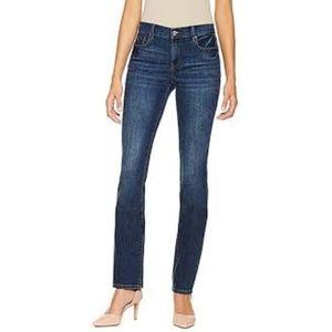 24W DKNY Jeans SoHo Skinny